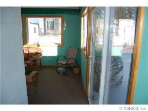 100 Oak Street porch