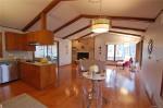 240 Hibiscus kitchen1