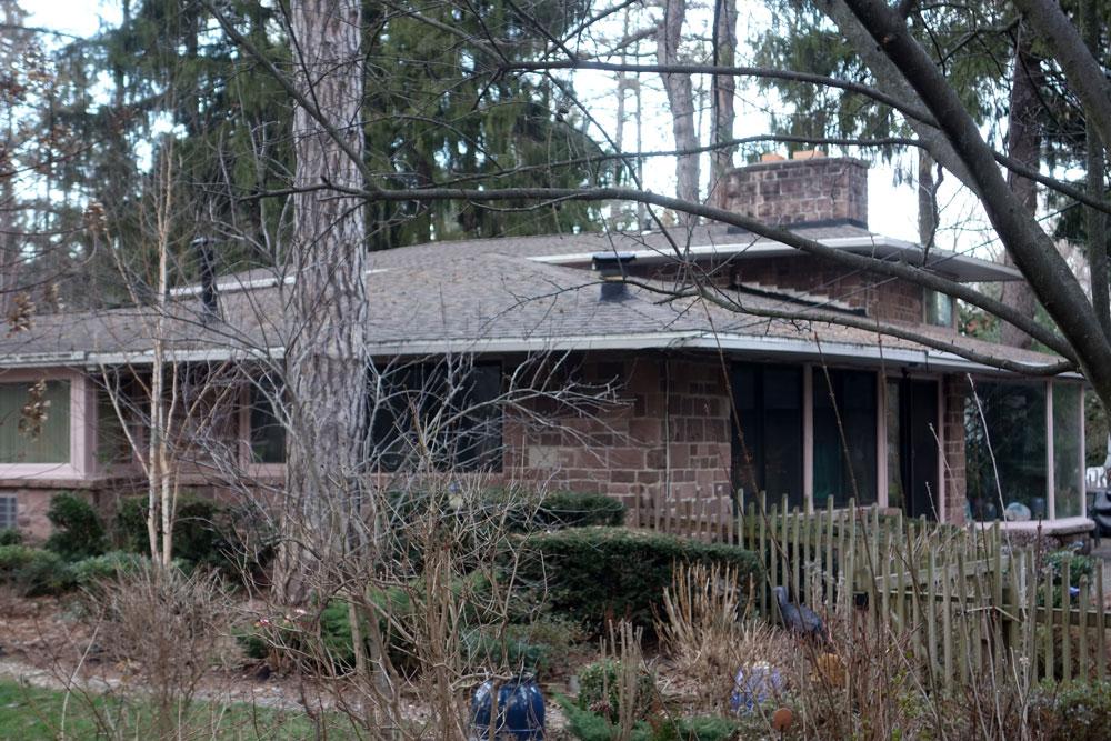 Back Corner of 835 Allens Creek Rd