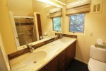 6 Cavan Way bathroom1