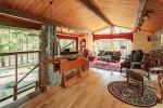 78 Mountain Road livingroom3