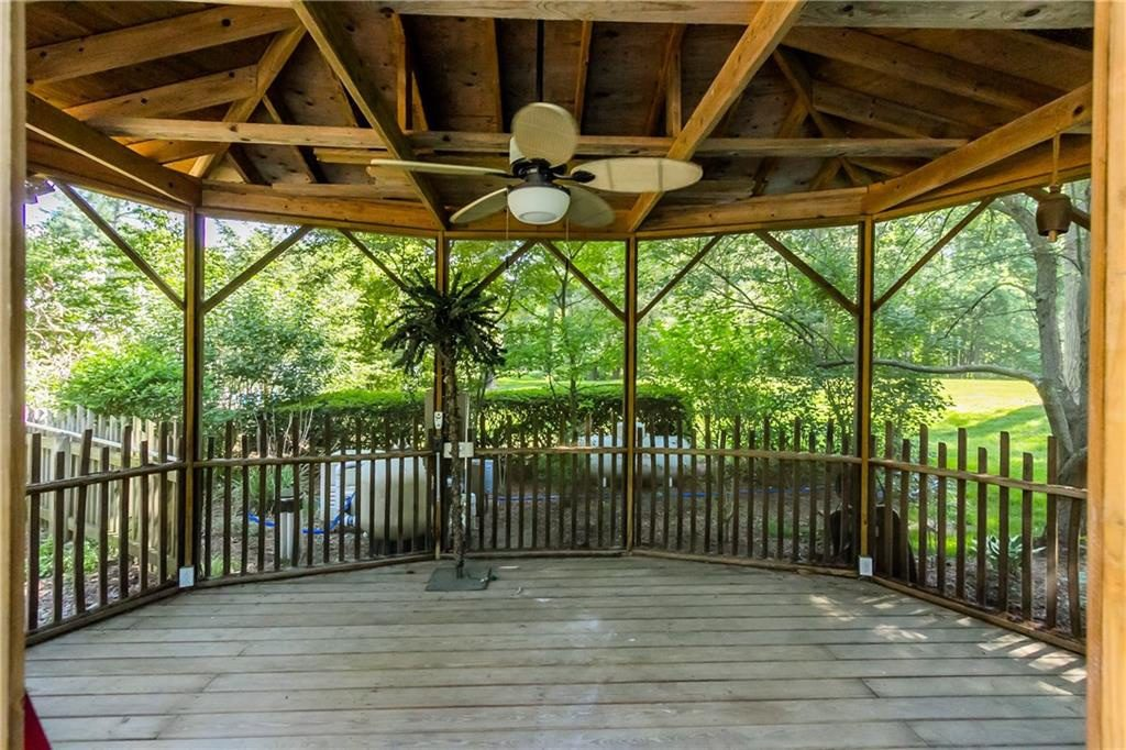 835 Allens Creek Rd-backyard4