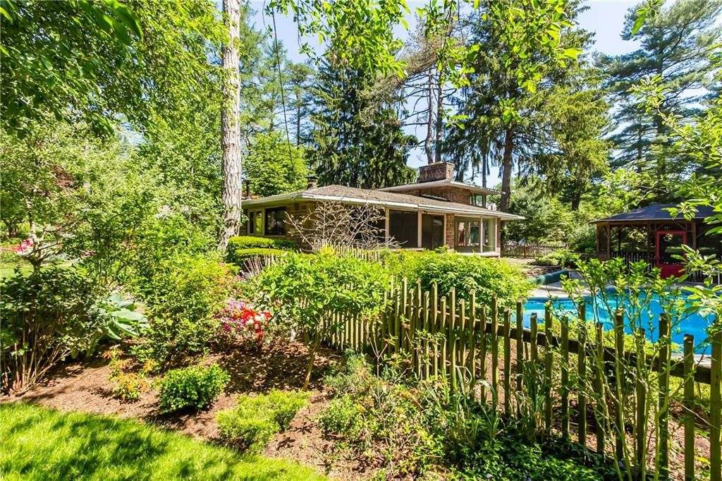 835 Allens Creek Rd-backyard5